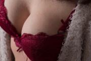 【画像】長身細身で巨乳の風俗嬢wwww